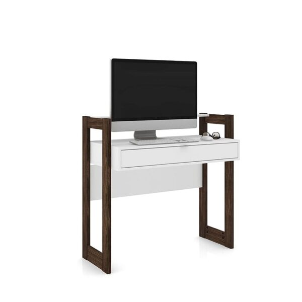 El escritorio Caracas cuenta con un espacioso cajón que permite organizar elementos esenciales