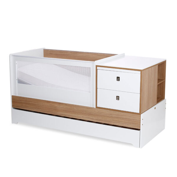 Cama cuna blanca incluye: escritorio, cambiador, cama auxiliar