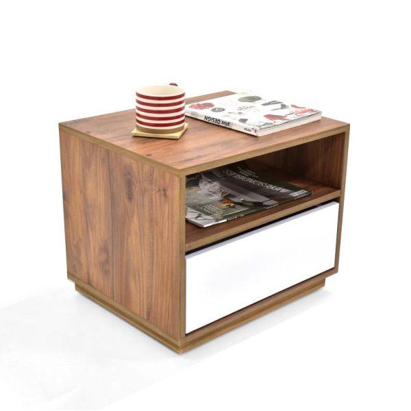 Mesa de noche en madera MDP color caramelo