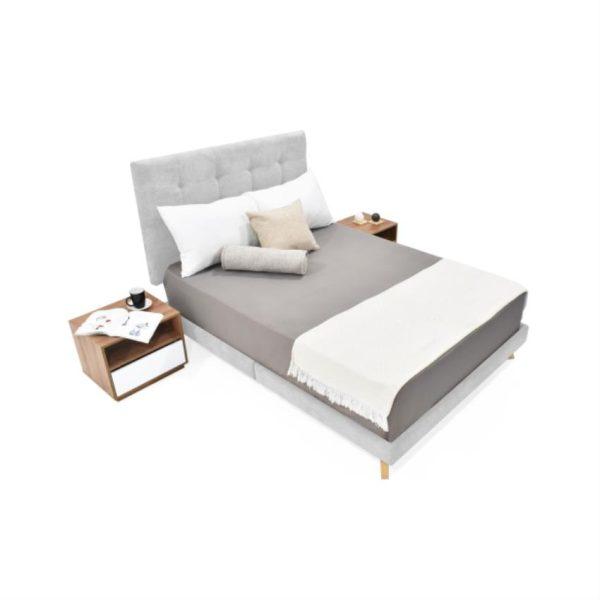 Set dormitorio doble con dos mesas de noche