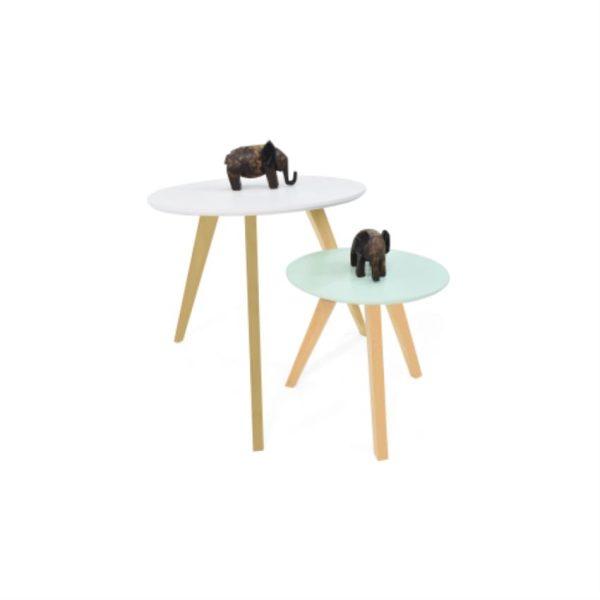 Mesas auxiliares en madera color blanco y menta